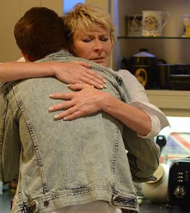 Eastenders 23/09 – Phil struggles to reconnect with Ben