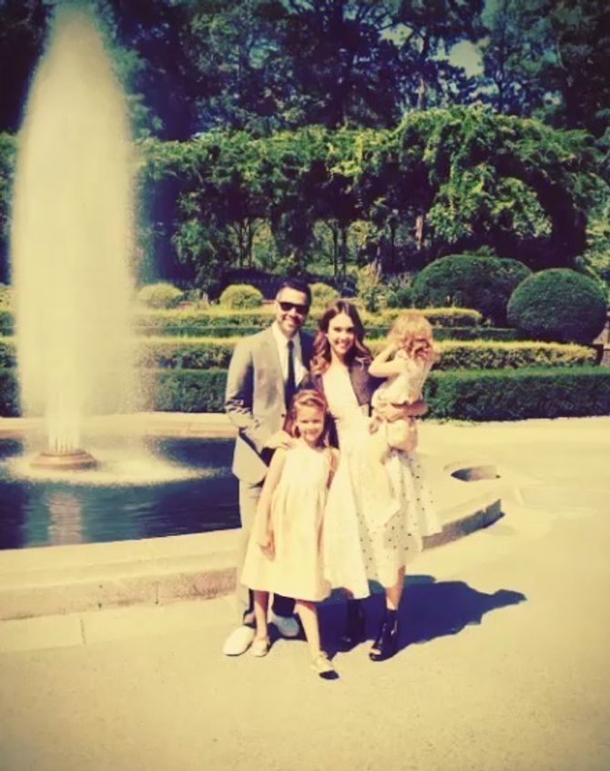 Jessica Alba, Cash Warren et leurs filles