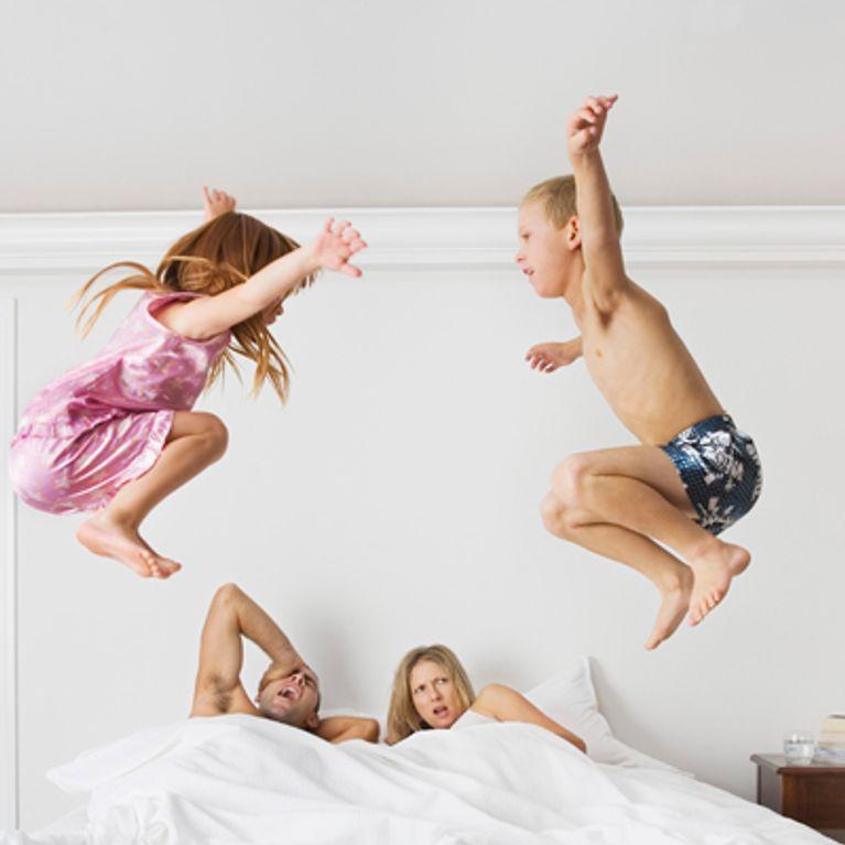 Verwonderlijk 15 manieren waarop kinderen hun ouders tot het uiterste drijven GS-55