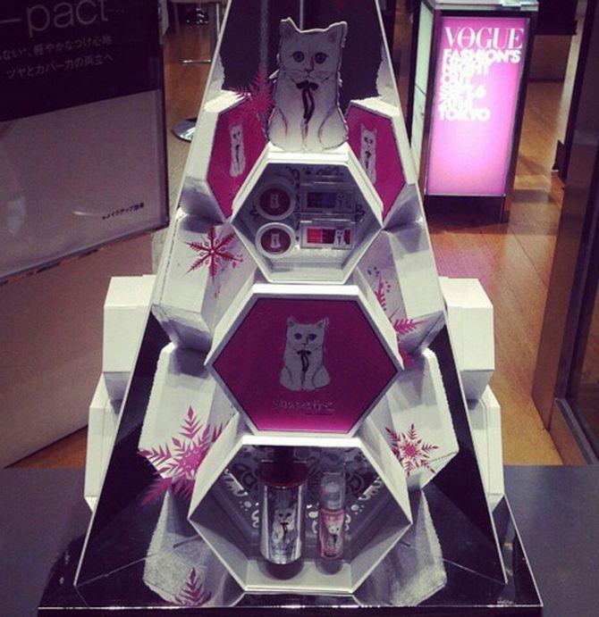 La collection Shupette signée Karl Lagerfeld et Shu Uemura