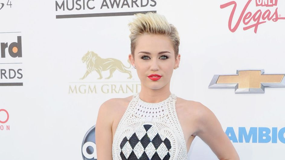 Miley Cyrus declares war on Jennifer Lawrence over Liam Hemsworth