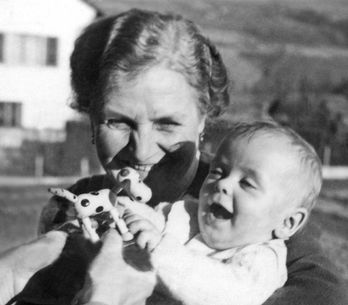 Vintage Parenting Advice That Today's Parents Will Love