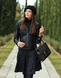 Chaqueta de cuero y falda- Lauren