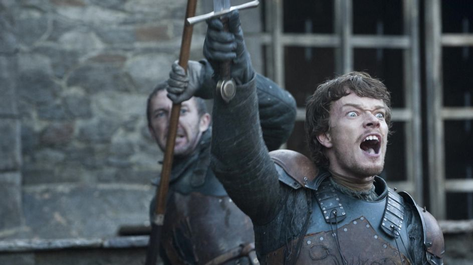 20 Signs That Your Game Of Thrones Obsession Has Gotten Out Of Hand