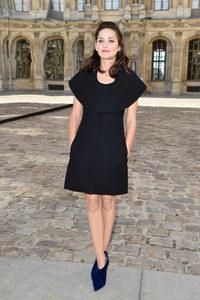 Marion Cotillard au défilé Dior le 26 septembre 2014