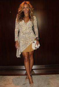 Beyoncé mise sur une robe Topshop