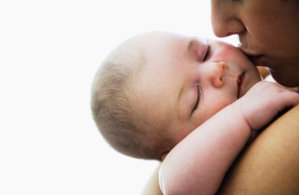 Congé parental : Réduit de moitié pour les mamans ?