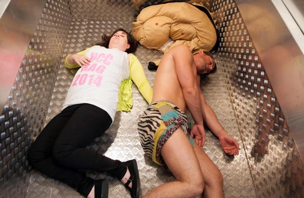 Hollyoaks 09/10– Tegan and Ziggy panic whilst stuck in the lift