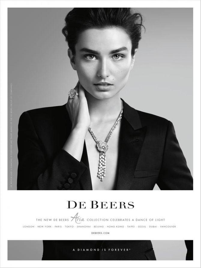 Andreea Diaconu pour De Beers