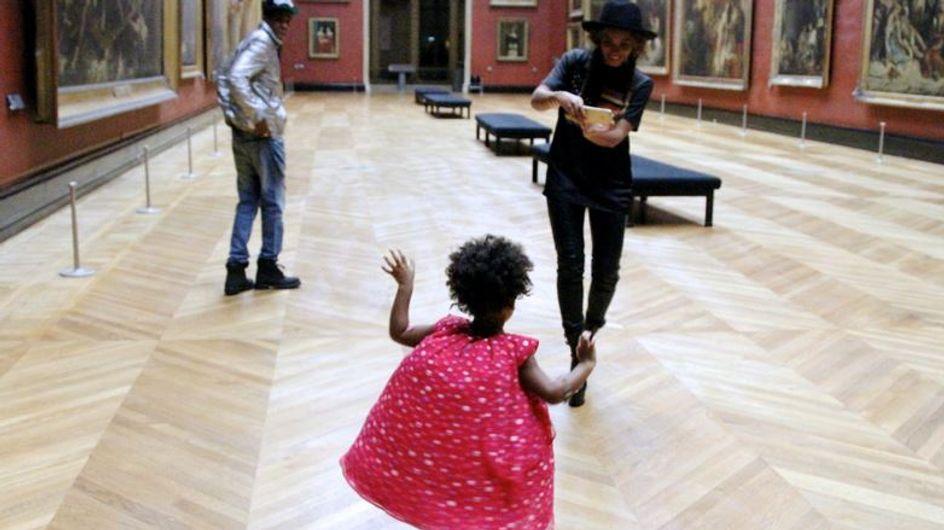 Beyoncé : Blue Ivy joue les Marilyn Monroe au Louvre (Photos)