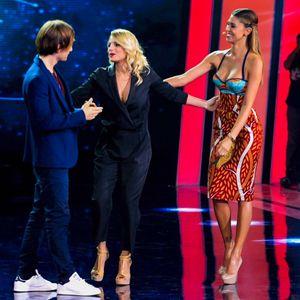 """Emma e Belén sul palco di """"Tu si que vales"""""""