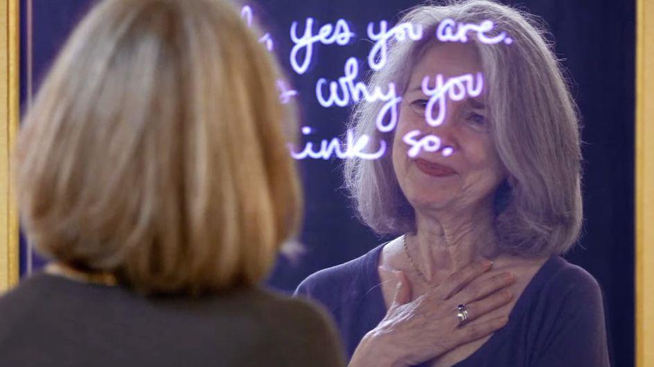 Un miroir un peu spécial aide les femmes à reprendre confiance en elles (Vidéo)