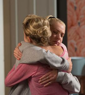 Eastenders 20/10 – Phil returns home from hospital