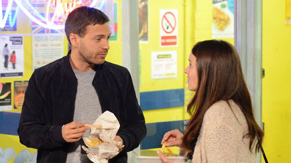 Eastenders 21/10 – A terrified Linda is forced to sit next to Dean