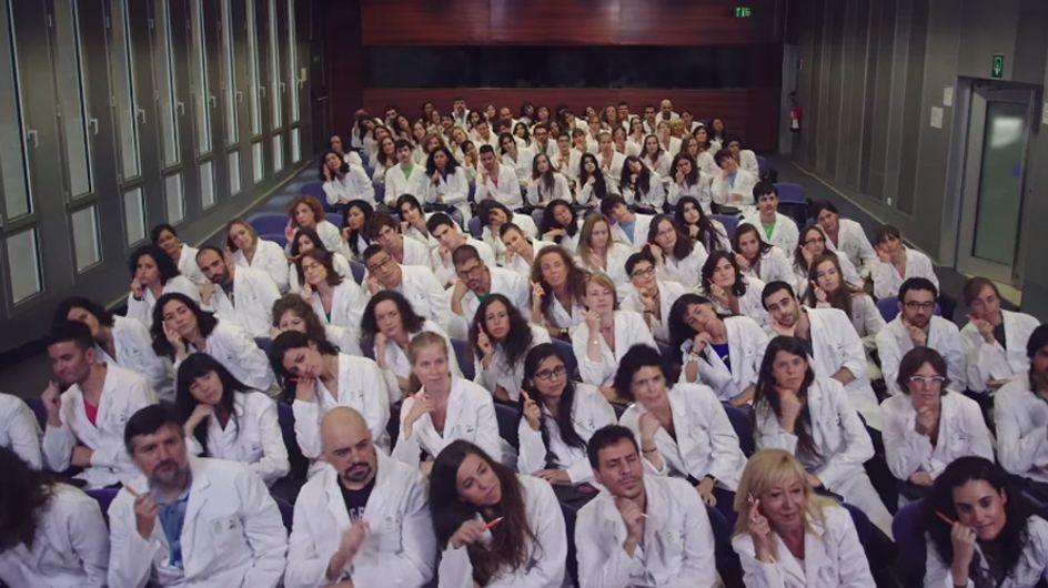 ¡Los científicos a bailar!: un vídeo musical recauda fondos para el estudio del cáncer, la diabetes y el alzheimer