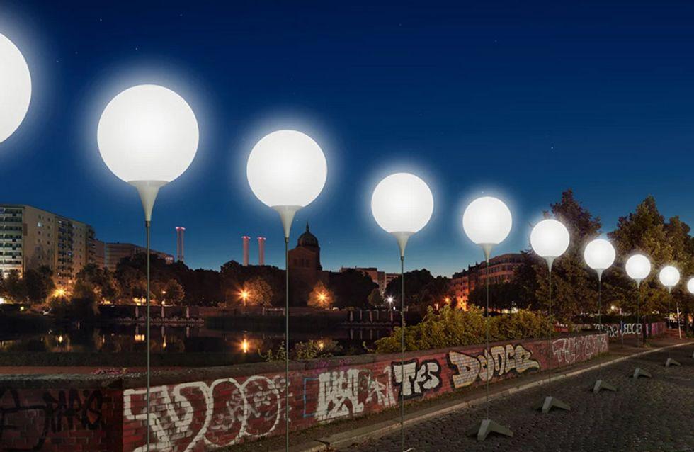 Gänsehaut pur: Vor 25 Jahren fiel die Mauer - jetzt leuchtet ganz Berlin im Gedenken an diesen besonderen Tag
