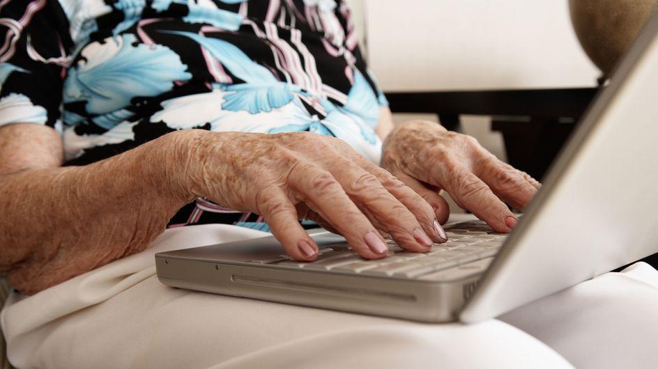 Une mamie de 114 ans obligée de mentir sur son âge pour s'inscrire sur Facebook