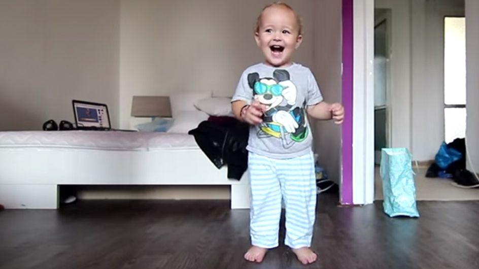 Der Breakdancer von morgen: Dieser Knirps tanzt seinen Vater schwindelig!