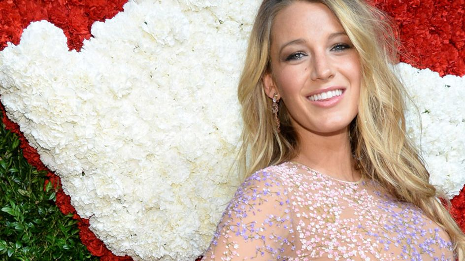 Blake Lively, une future maman rayonnante sur le red carpet (Photo)
