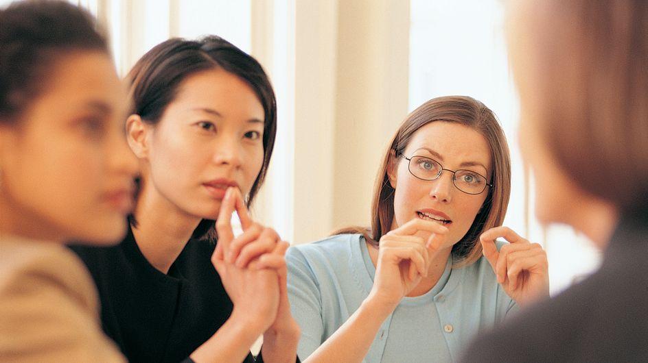 Pourquoi les femmes préfèrent-elles être dirigées par des femmes ?