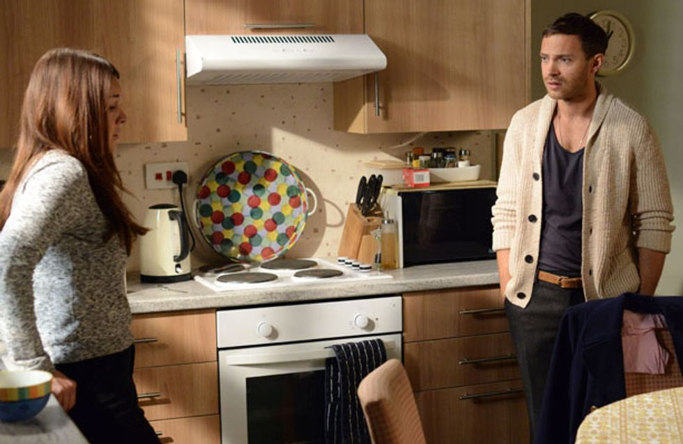 Eastenders 27/10 – Ronnie and Charlie decide to share their engagement news