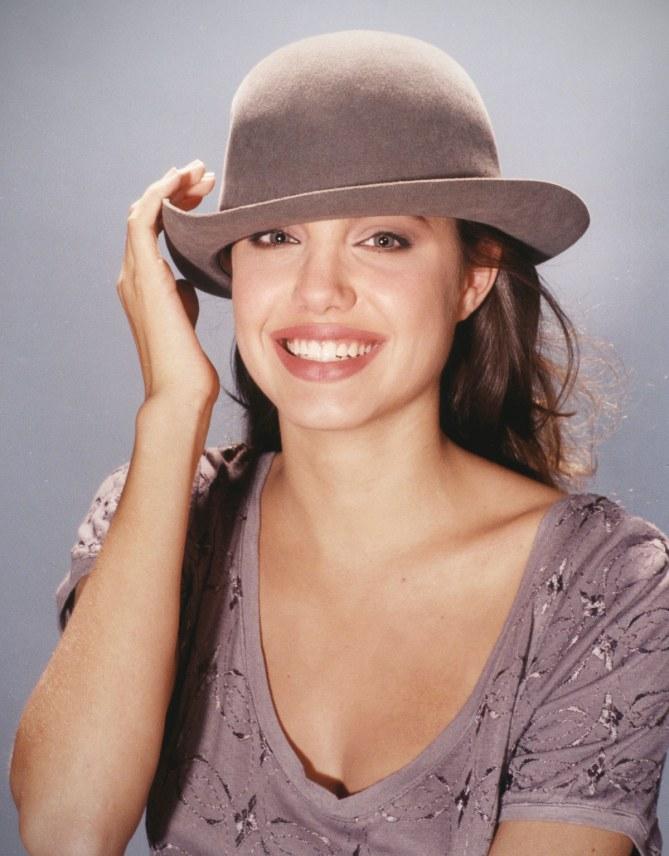 Angelina Jolie (Antes)
