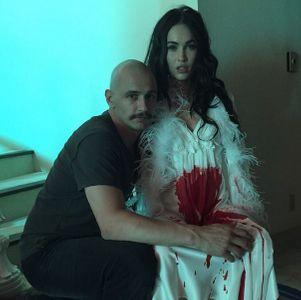 Megan Fox en sang et James Franco