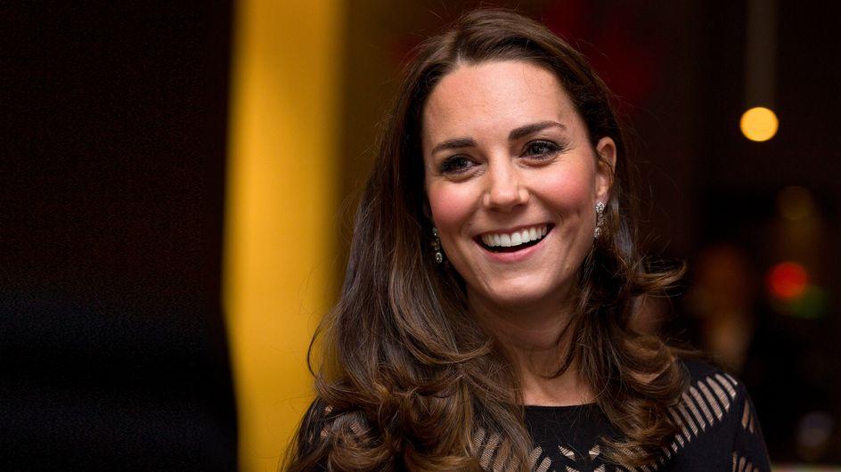 Kate Middleton montre enfin son baby bump (Photo)