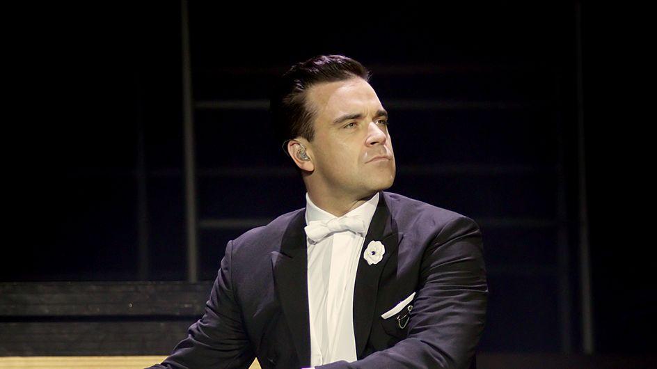 Robbie Williams y el minuto a minuto del segundo parto de su mujer