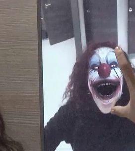 Video/ Guardarsi allo specchio e<U+0085> vedere un clown assassino? La candid ge