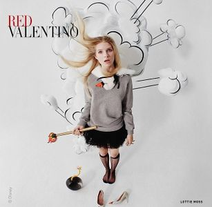Lottie Moss pour Red Valentino