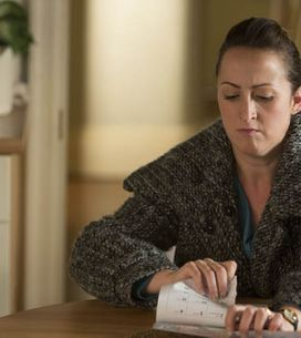 Eastenders 10/11 – Pam is struggling to make it through the day