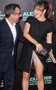 """Jennifer Garner e il piccolo """"incidente"""" sul red carpet"""