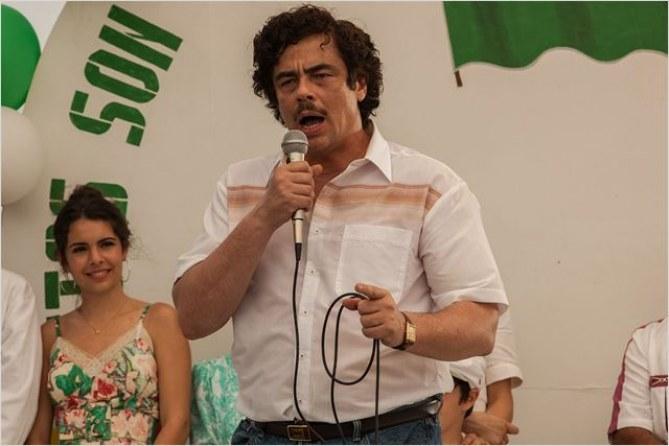 Benicio del Toro dans la peau de Pablo Escobar.