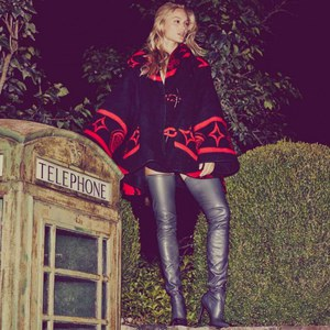 Le manteau Lindsey Thornburg de Blake Lively