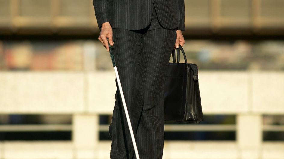 Une aveugle retrouve la vue après s'être cognée sur sa table basse