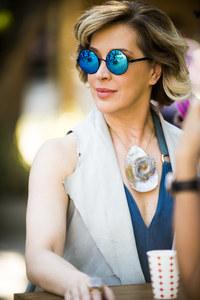Samantha (Claudia Raia)
