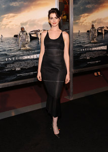Anne Hathaway à l'avant-première d'Interstellar à Washington, le 5 novembre 2014