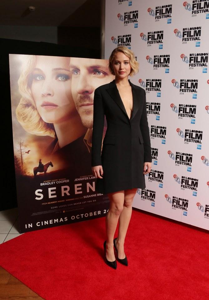 Jennifer Lawrence en el estreno de Serena