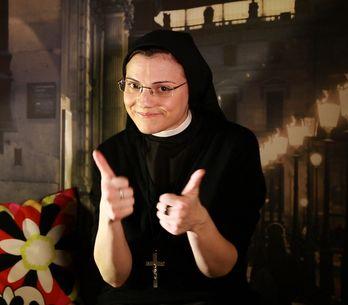 Sœur Cristina, une nonne pas comme les autres (Interview exclusive)