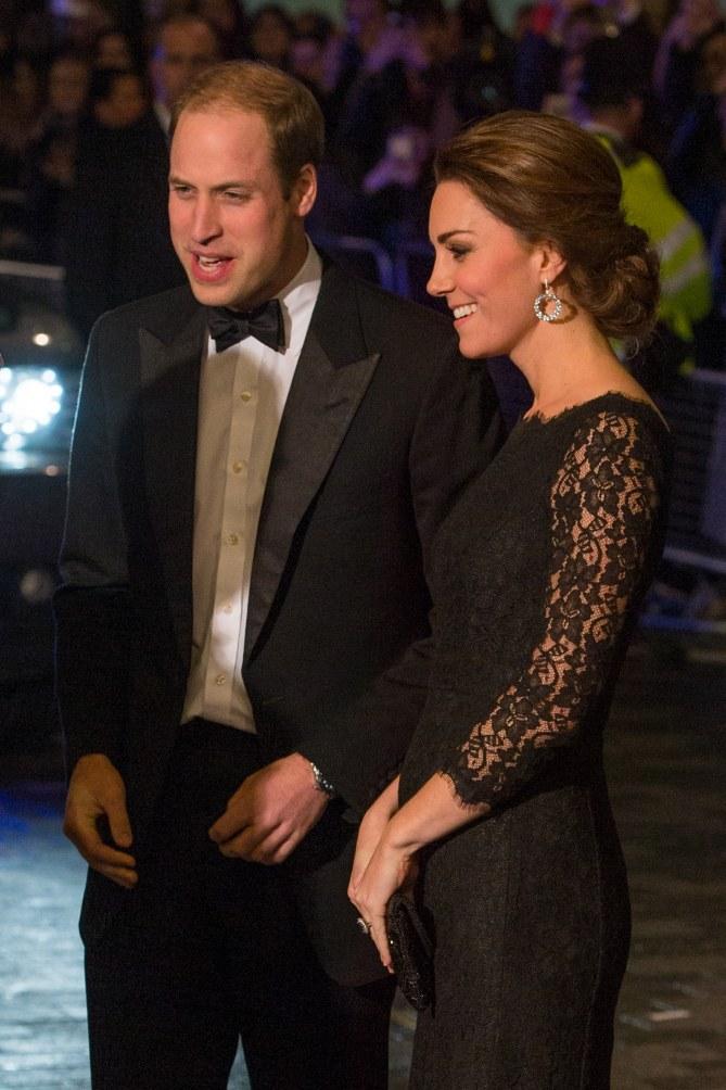 Kate Middleton et son baby bump au Royal Variety Show