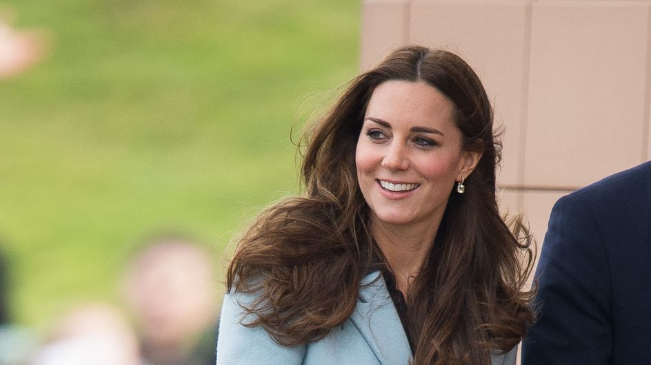 Kate Middleton reprend du service, plus rayonnante et sexy que jamais (Photo)