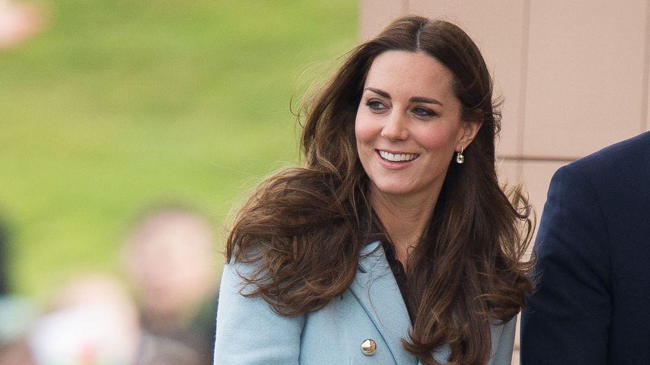 Kate Middleton nue et enceinte dans une rue de Londres (Photo)