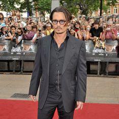 Johnny Depp, ivre sur la scène des Hollywood Film Awards ? (Vidéo)