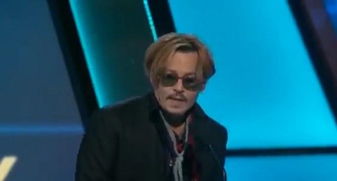 Johnny Depp sur la scène des Hollywood Film Awards