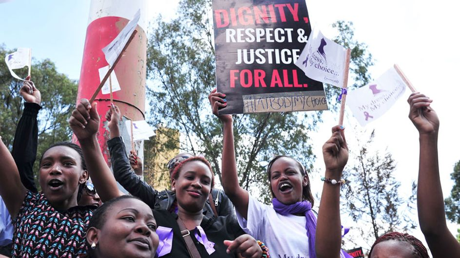 Llevar falda es motivo de agresión contra las mujeres en Kenia