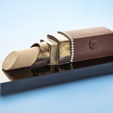 Une bûche de Noël Rouge à lèvres Chanel signée Karl Lagerfeld