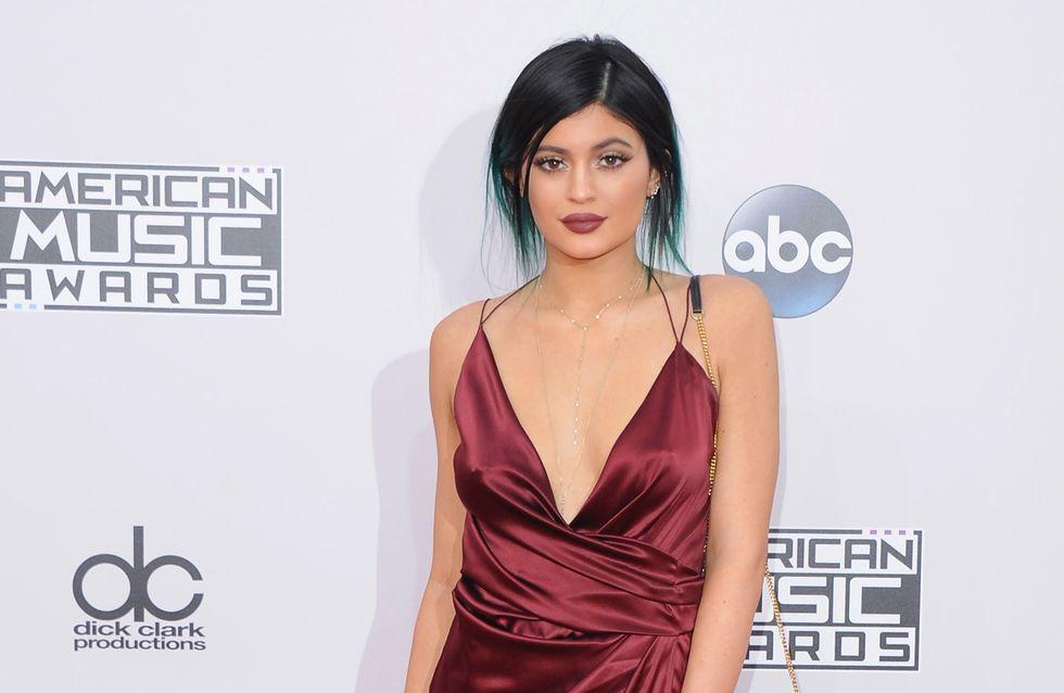 Les pires looks des American Music Awards 2014