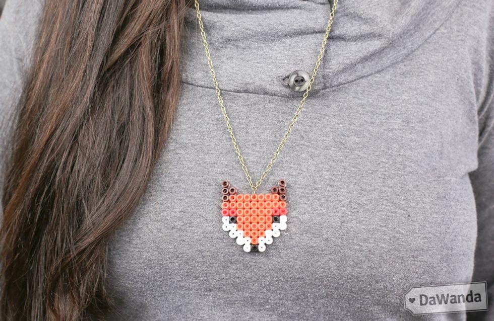 Fashion DIY/ Segui il tutorial step by step e scopri come creare una collana con le perline hama