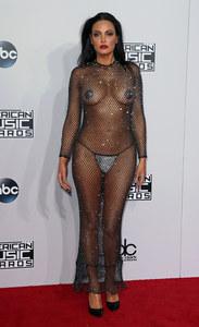Bleona Qereti aux American Music Awards 2014